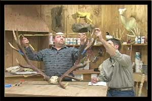 SCORING TROPHY HORNS & ANTLERS W/ TIM BROWN